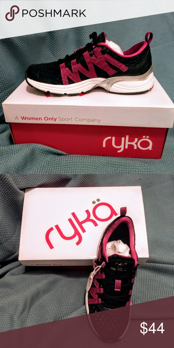 Ryka Hydro Sport shoe. New in box. 6.5