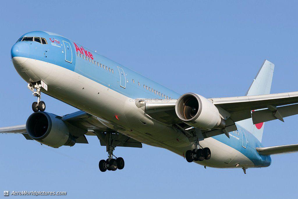 28 ArkeFly Boeing 767-304(ER)(WL) PH-OYJ