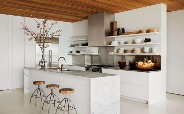 Tolle Küchen Interiors offene Regale barhocker kücheninsel teller ...