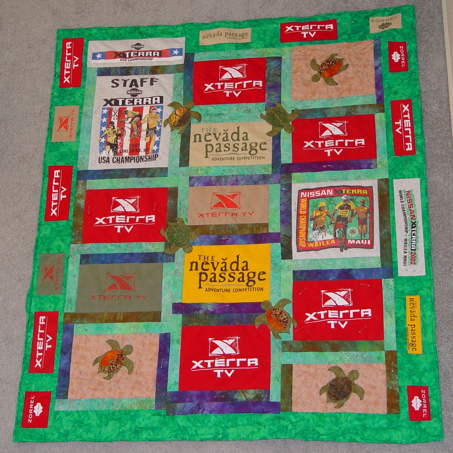 Themed t-shirt quilt (using various tees from the same ... : custom tshirt quilts - Adamdwight.com