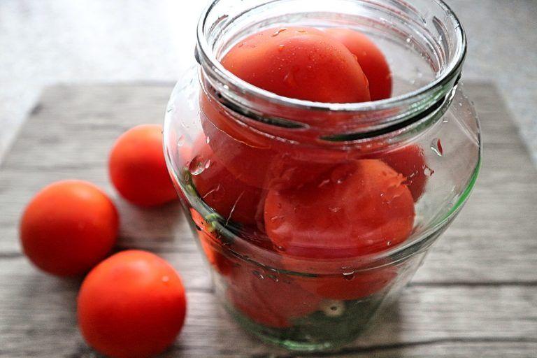 Tomaten Einlegen Einmachen Von Tomaten Nach Russischer Art Rezept Eingelegte Tomaten Tomaten Einmachen