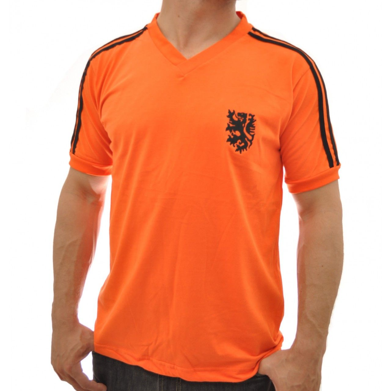 c479ef0a97 Camisa Retrô Holanda 1974 | Camisas de futebol retrô | Mens tops ...