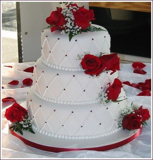 Red And White Rose Wedding Cake Ideas