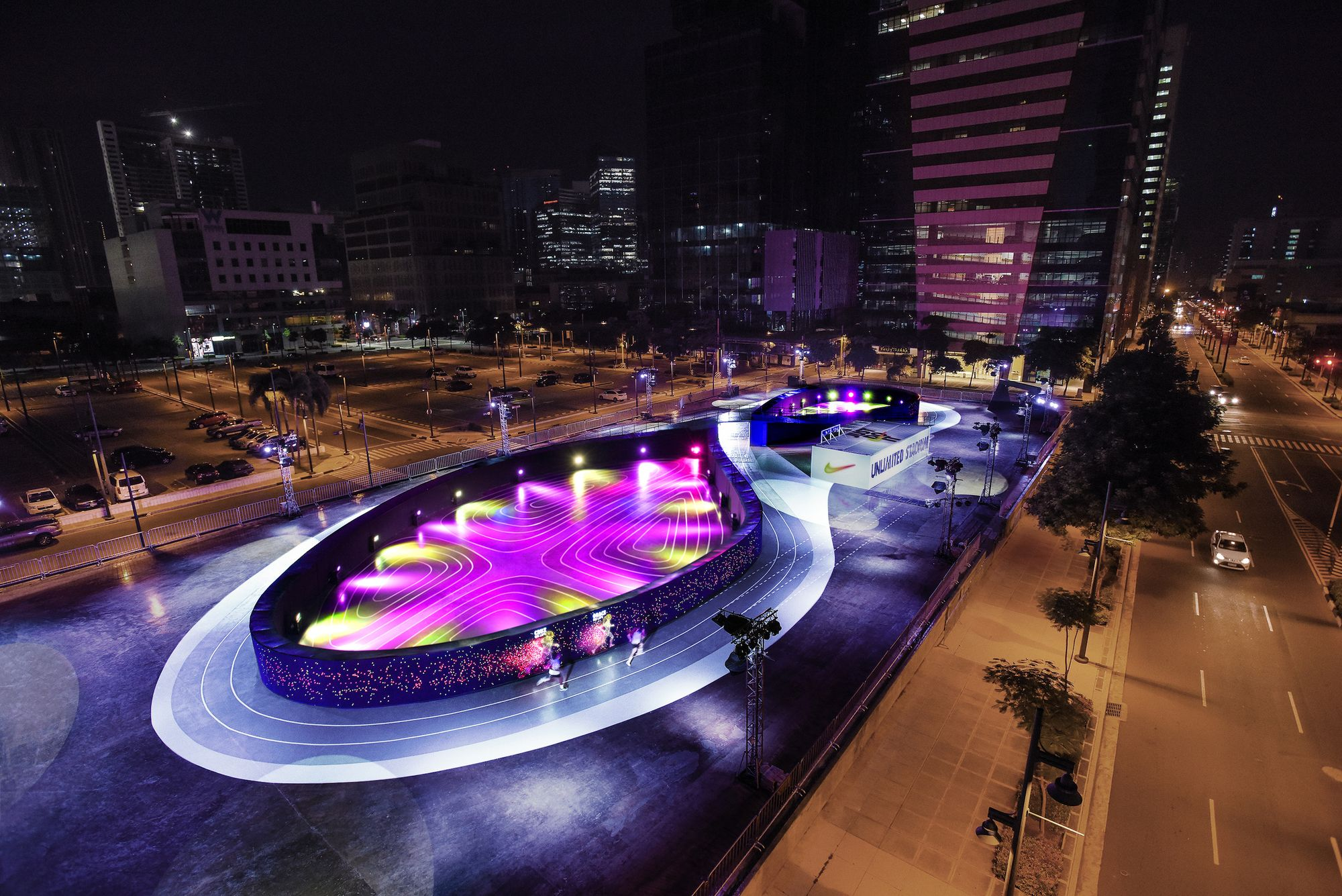 Multa Meyella conciencia  NIKE has created a new experimental lab for running aficionados: the  world's first full-sized LED racing track. Built as a pop…   Running track,  Nike design, Manila