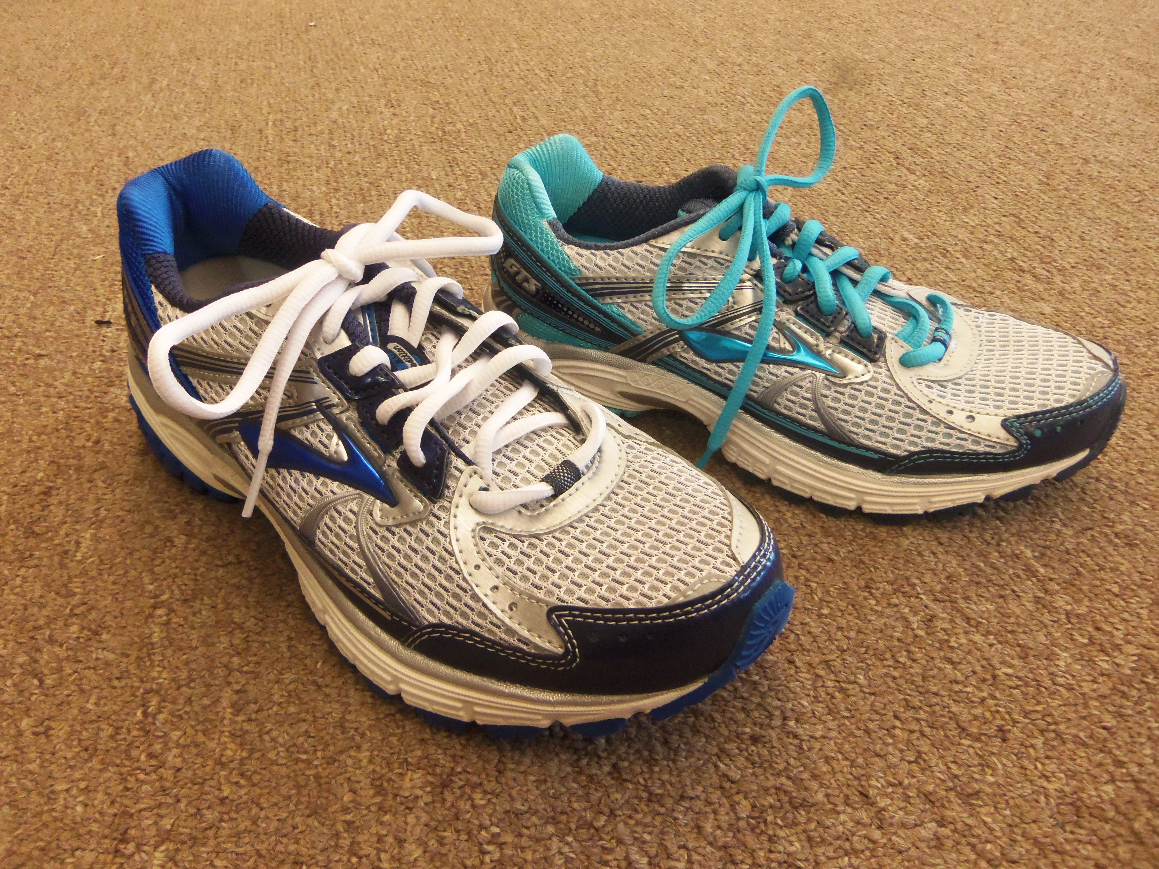 Run into summer in Brooks Adrenaline GTS 13 for men and women!!