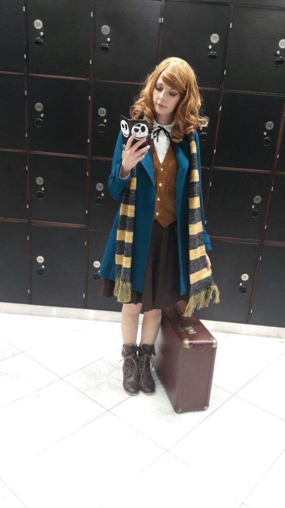 Photo of female newt cosplay ((side note I have that exact phone cover!))