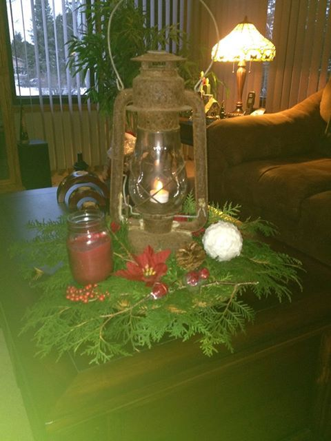 vintage looking Christmas centerpiece Christmas Pinterest