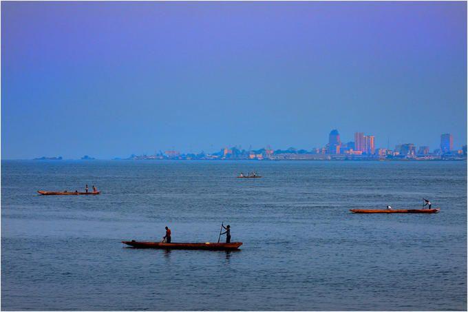 View of Kinshasa (DRC) from the Republic of Congo | Umair Ghani, PhotoNet
