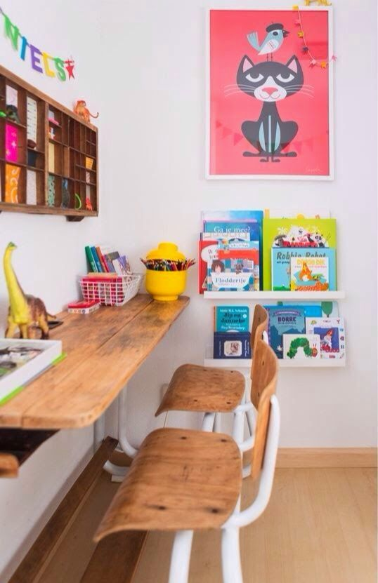 Genial Nice Desk For The Kids. Itu0027s Long And It Has 2 Chairs Attached. I Wonder  Where They Got This? #desk #kids