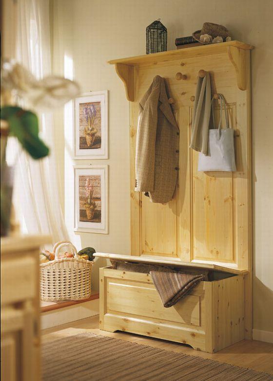 Arredamento in pino per l 39 ingresso cassapanca in pino for Cassapanca legno ikea