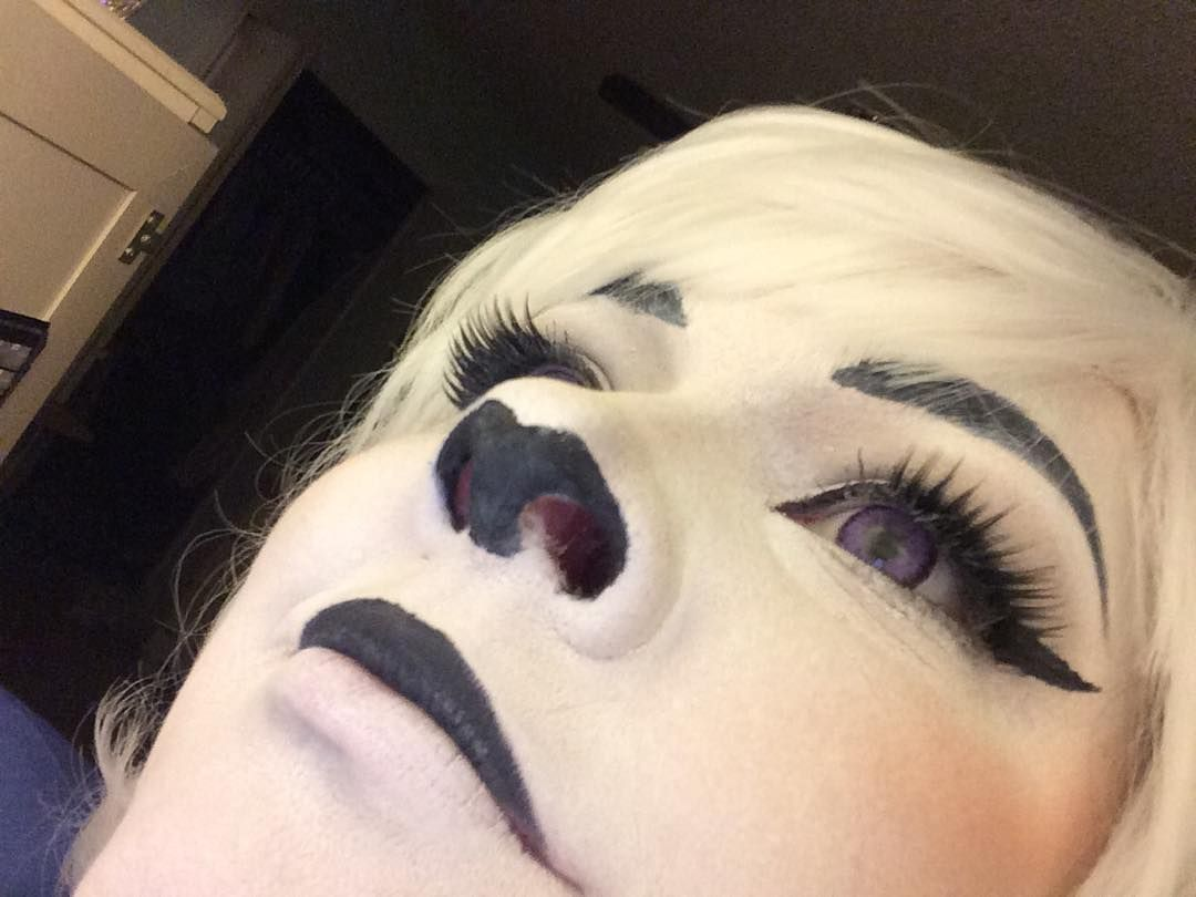 someone dmed me asking about the Toriel makeup and so I just decided to make a public post on it The face: Kryolan Tv Paint Stick in 070. I set with all purpose flour which probably wasn't a good idea but hey. (I plan on switching to Ben Nye's Pure White powder once I have money to.) Then I added shading with Loreal's infalliable eye shadow in Sultry Smoke. I used this as a contour all over my face and used it to create the nose. The eyebrows nose and top lip: Revlon gel liner in black…