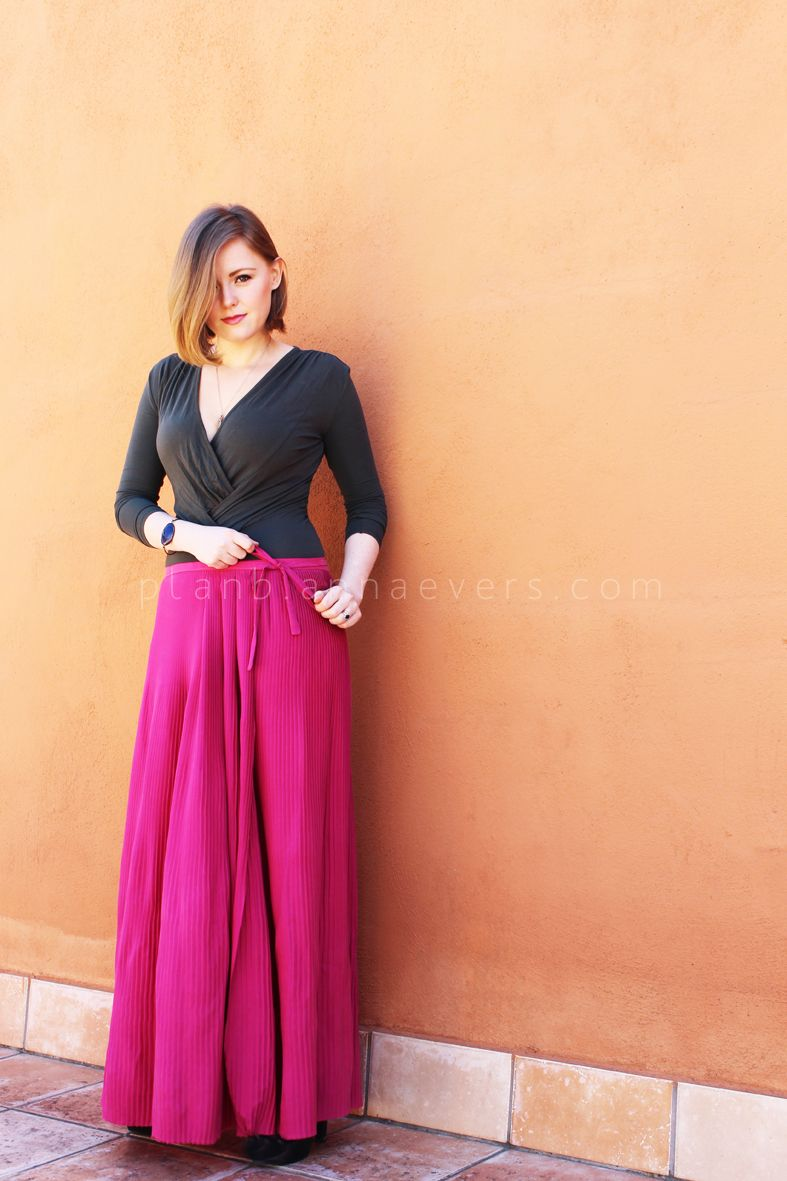 I have been dreaming about making a pleated maxi skirt for a long ...
