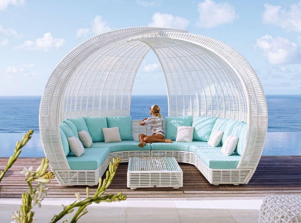 Magnetic floating beds skyline design  sparta pavilion seater skyline design homeware