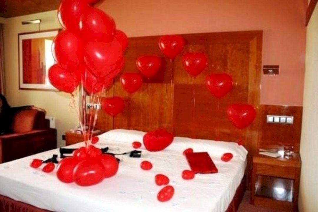 12 Beautiful Romantic Bedroom Design And Decoration Ideas Romantic Bedroom Design Romantic Bedroom Decor Romantic Room Decoration