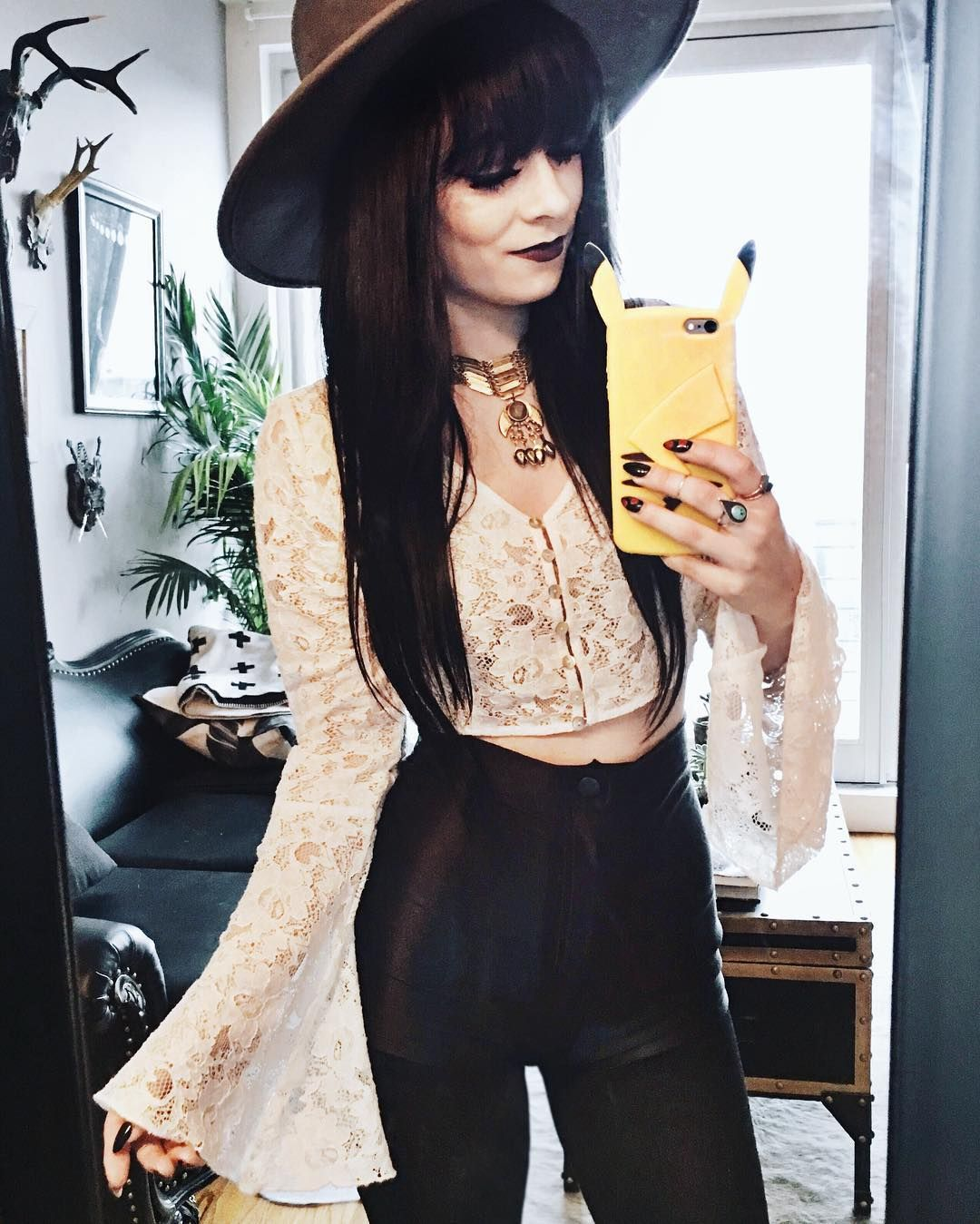Rachel Marie Iwanyszyn On Instagram Good Witch Or Bad Witch Modern Witch Fashion Witchy Outfit Fashion