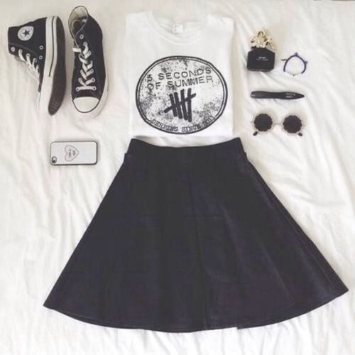 f8a6a758d66f OMG so I love every thing bout this my fav band I love skater skirts and  just everything😍😍😍