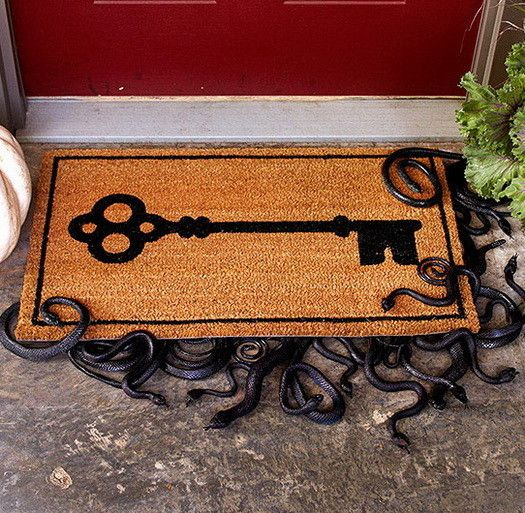 34 Scary Outdoor Halloween Decorations And Silhouette Ideas - creepy halloween decor
