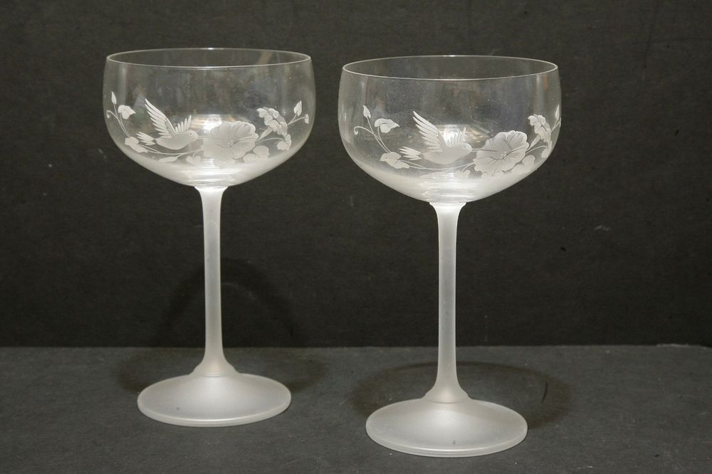 Avon Hummingbird Collection Crystal Saucer Champagne Glass