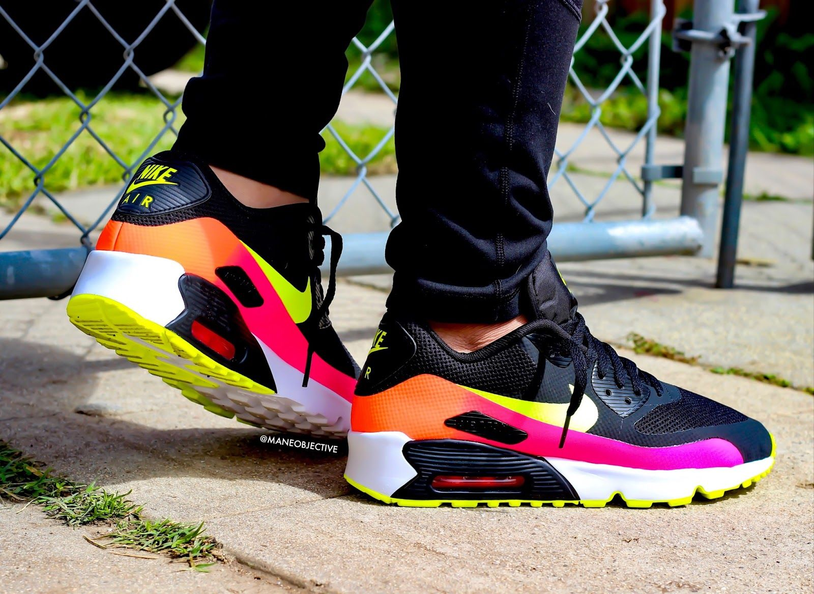 b999bbb44ade Nike Air Max 90 FB+ Black Volt Total Crimson Pink Blast