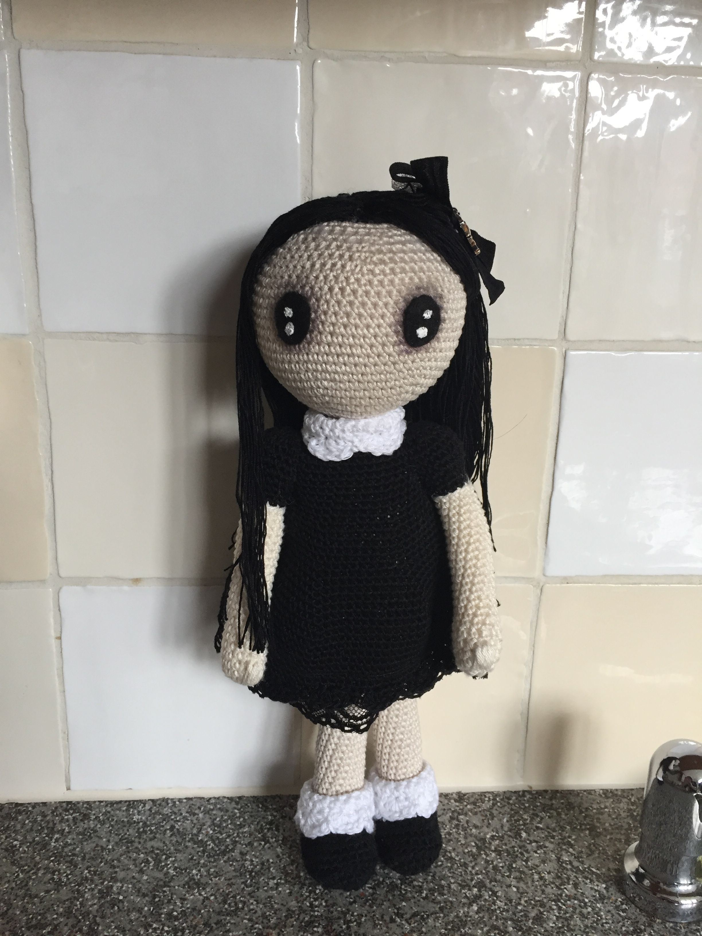 Gothic lolita with voodoo doll pattern by rosana gonzlez gothic gothic lolita crochet pattern by rosana gonzlez bankloansurffo Images