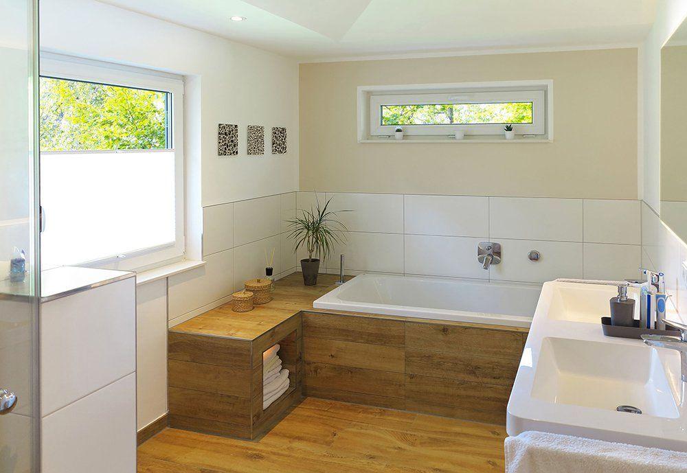 Zabudowana Wanna W Nowoczesnej Schludnej Lazience Design Urzadzanie Urzarzaniewnetrz Urzadzaniewnetr Wood Floor Bathroom Bathroom Windows Trendy Bathroom