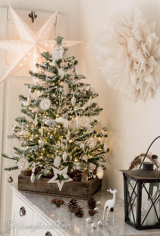 my diy flocked christmas tree - Small Flocked Christmas Tree