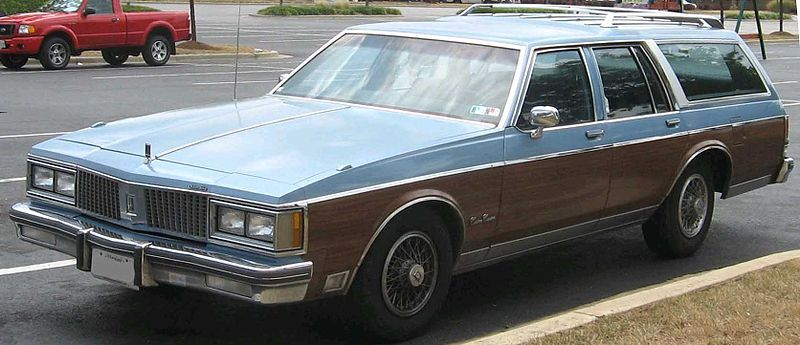 My First Car Oldsmobile Station Wagon Mine Was Brown With The Wood Grain Panel Oldsmobile Buick Electra Buick