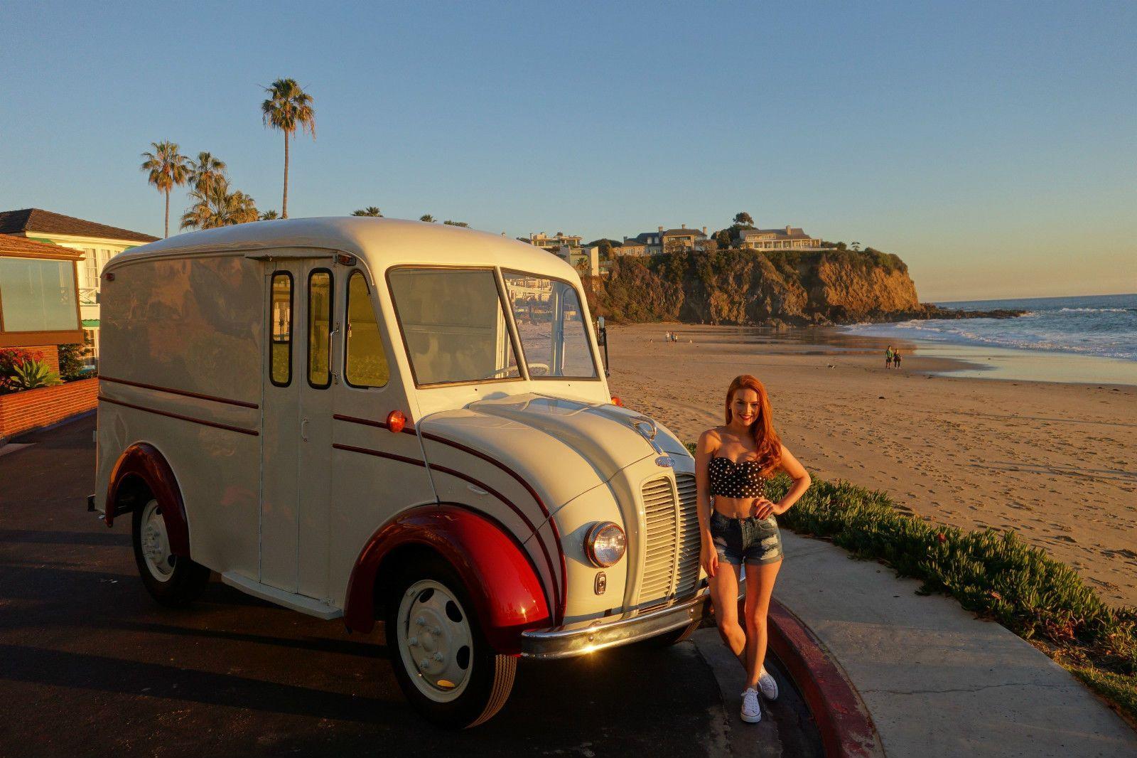 1951 Other Makes Divco Model 31 Milk Truck Ice Cream Promo