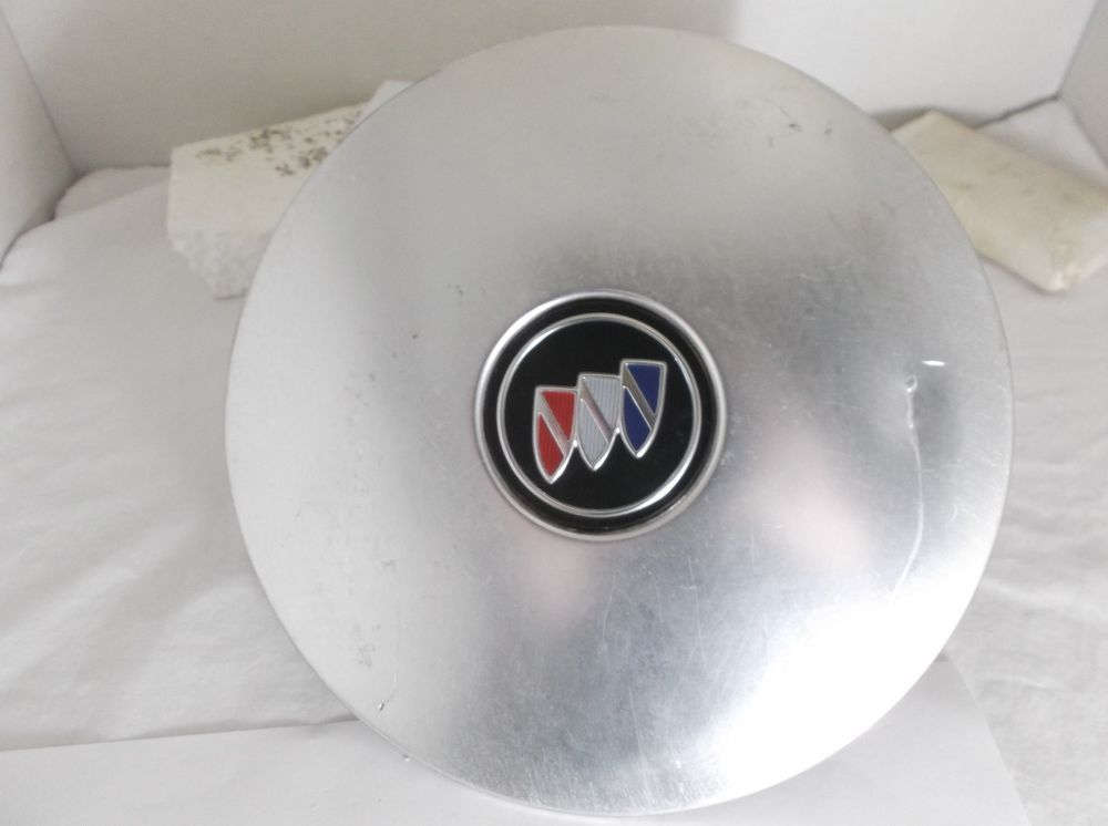 91 96 Buick Park Avenue Wheel Center Cap 25605038 Hubcap Oem A70 Buick Buick Park Avenue Buick Cap