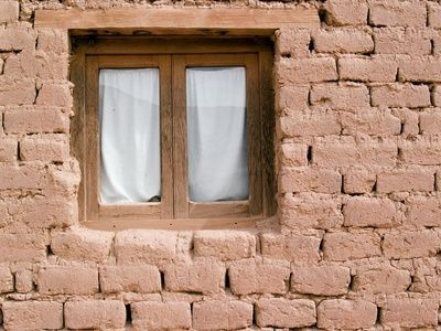 how to build an adobe house