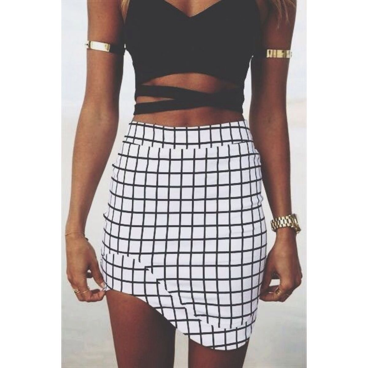 For the crop tops and tight skirts  Fashion, Cute outfits, Summer