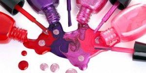Veja quais serão as cores de esmaltes que serão tendência na primavera 2013.  http://www.feminices.blog.br/tendencia-em-esmaltes-para-primavera-2013/