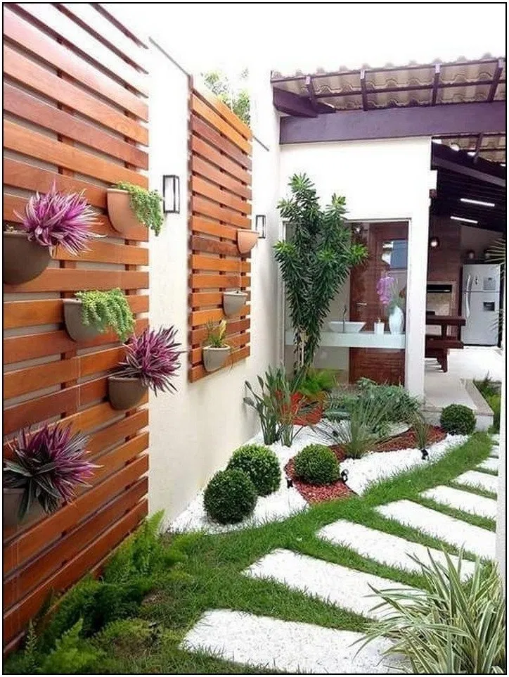The Best Front Yard Landscaping Ideas On A Budget Backyard Landscaping Designs Small Backyard Landscaping Small Garden Design