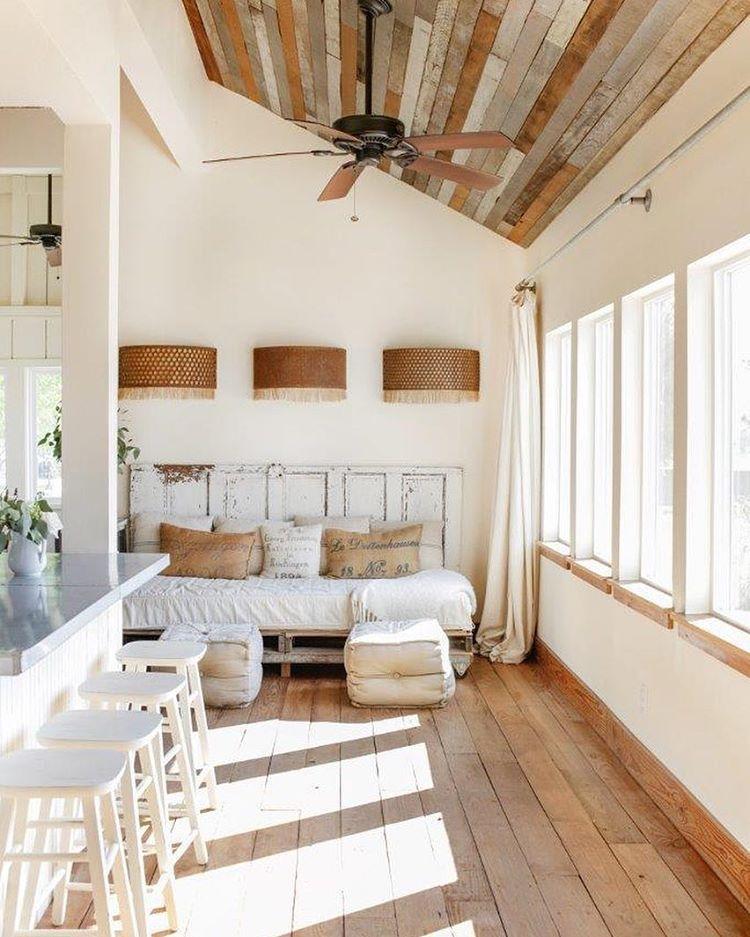 gro e helle wohnk che mit bequemem sofa wohnidee frische ideen f r die wohnung pinterest. Black Bedroom Furniture Sets. Home Design Ideas