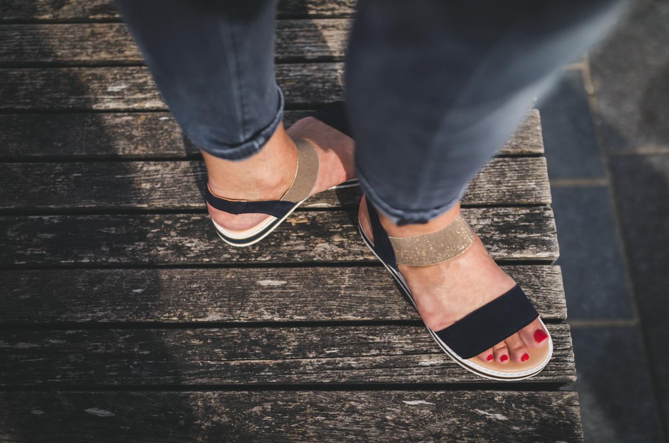 Schuhe für Damen: Bloggerin Simone liebt ihre neuen Sandalen
