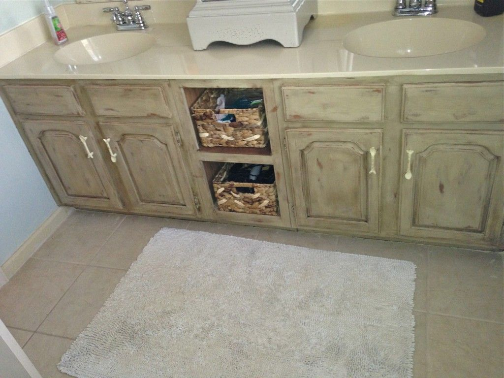 Bathroom Vanity Makeover With Annie Sloan Chalk Paint Annie Sloan Chalk Paint Annie Sloan And