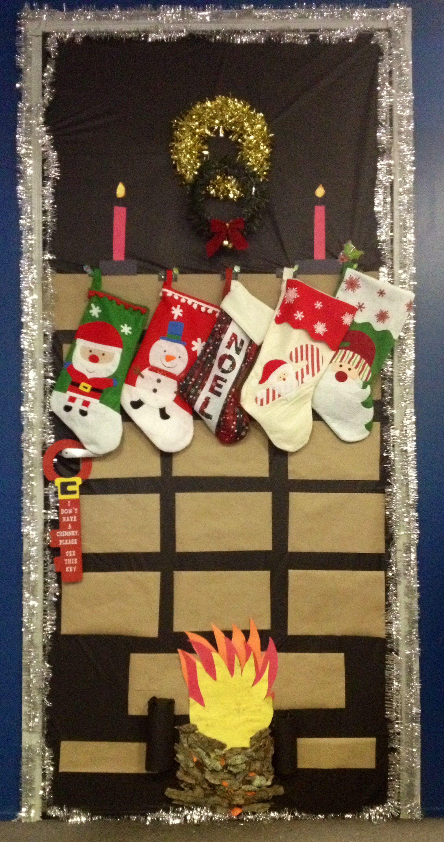 Christmas door decorating contest fireplace - Christmas Door Decoration Contest