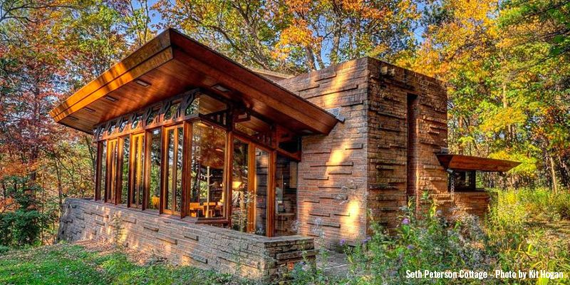 5 Wisconsin Cabins Perfect For Autumn Frank Lloyd Wright Architecture Frank Lloyd Wright Frank Lloyd Wright Homes