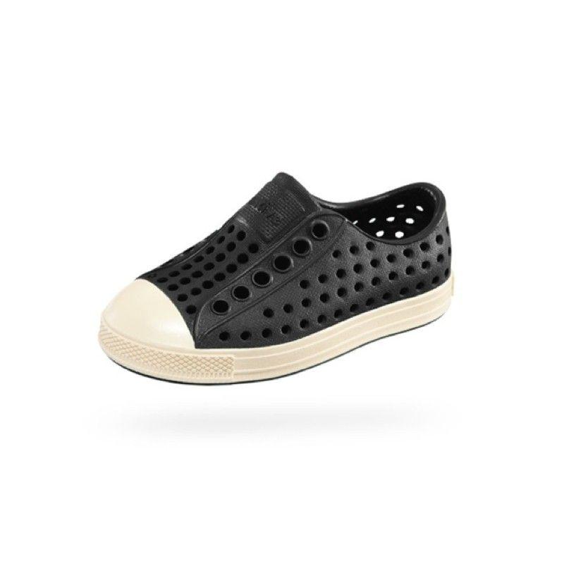 2dc7a3cf641ee Native Shoes Jefferson Jiffy Black Children s Shoes