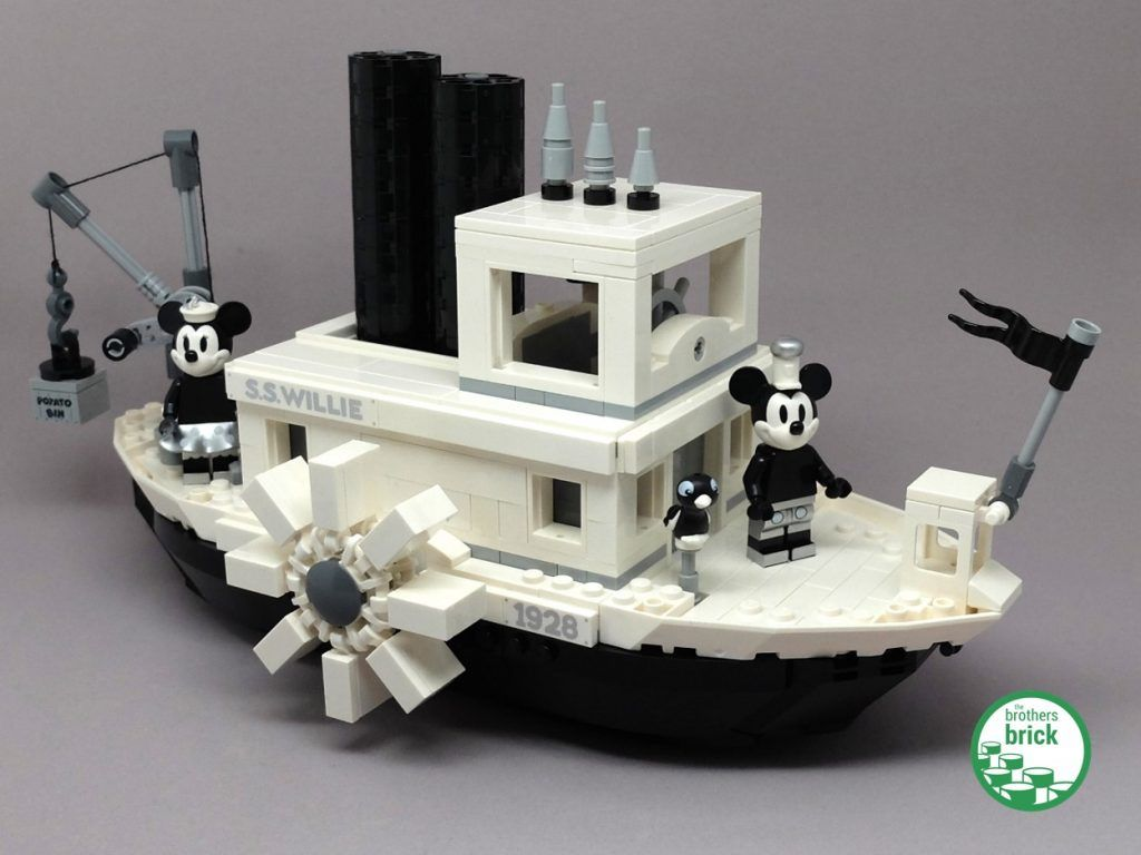 Mickey Mouse Makes His 1928 Debut In Lego Ideas 21317 Steamboat Willie Review The Brothers Brick Lego Cool Lego Creations Legos