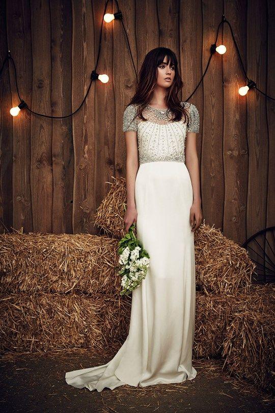 dc207e55e Jenny Packham, a estilista queridinha das noivas boho (e de Kate Middleton  também), apresentou uma coleção linda na NY Bridal Week (como não víamos há  algu