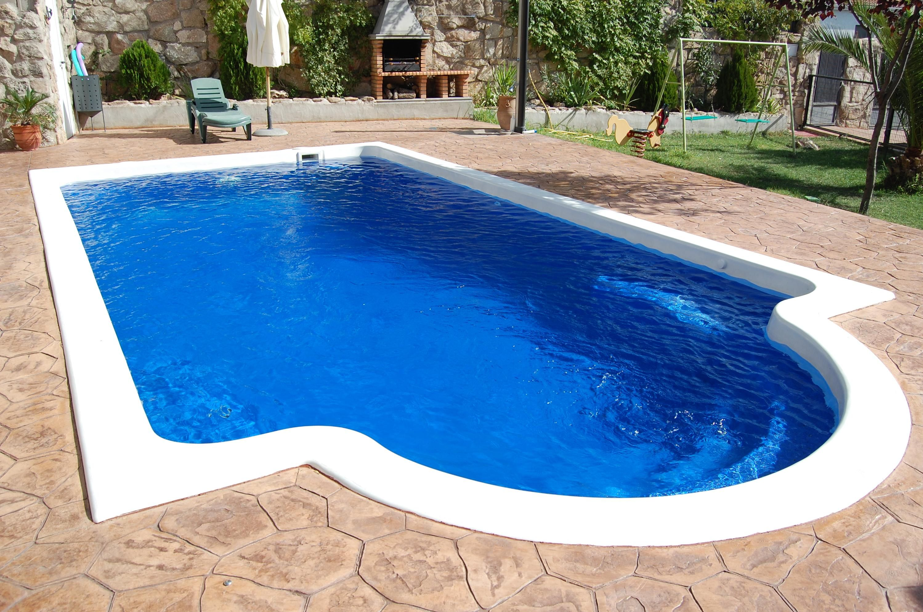 piscina grecian de 8.18 x 4.15 prof. 1.0-1.7 con tumbona de