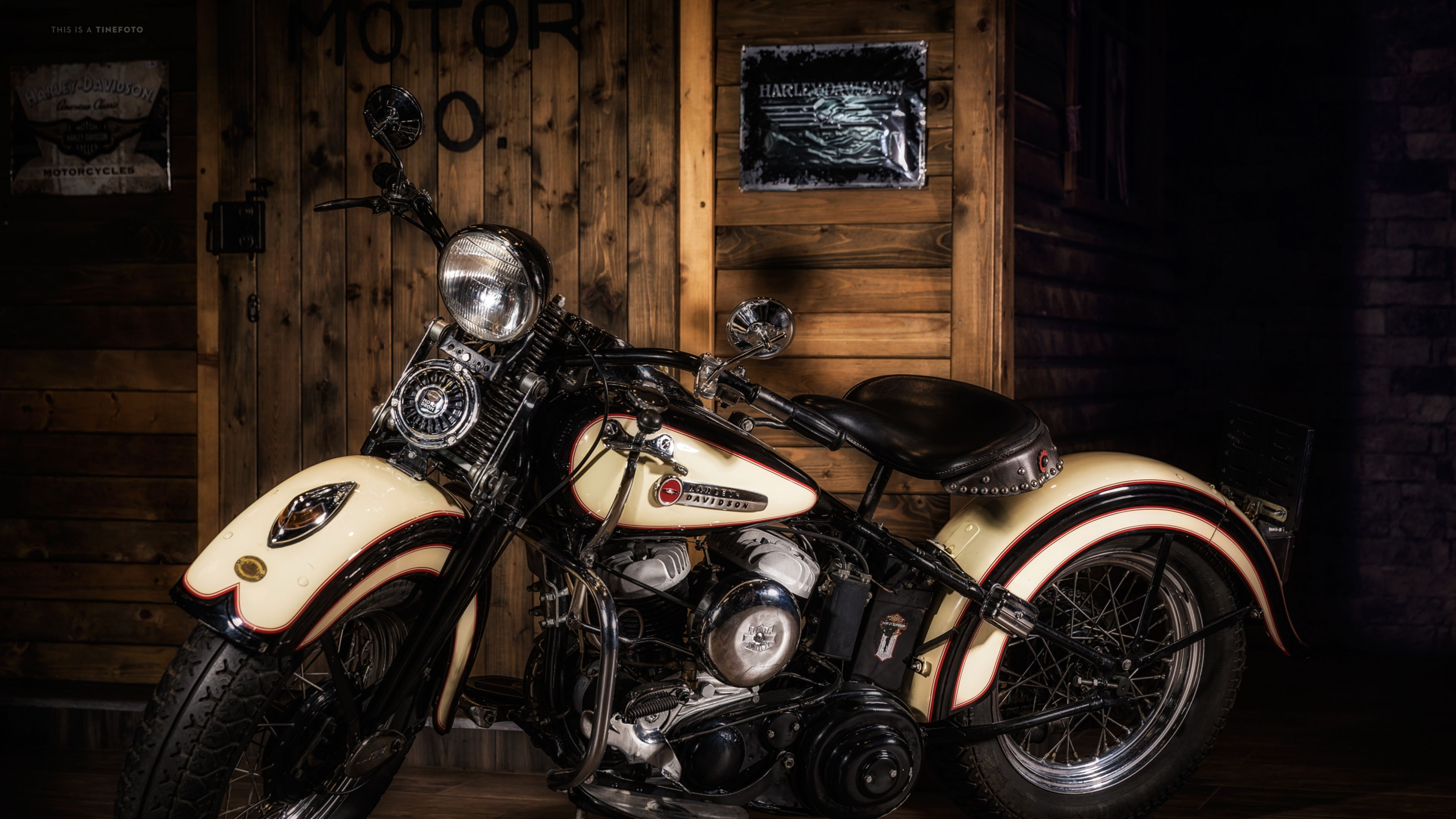 Download Wallpaper 3840x2160 Harley davidson, Motorcycle