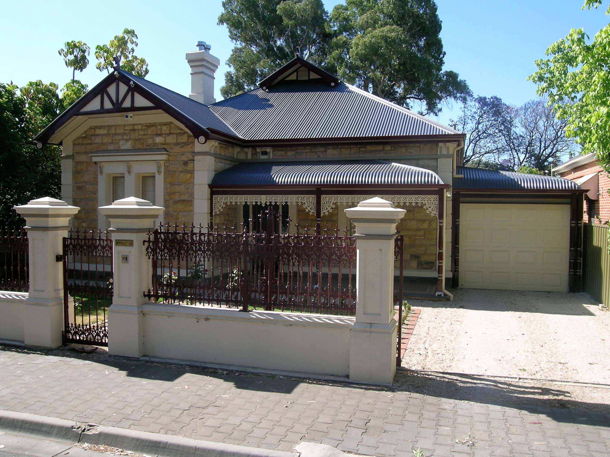 Google Image Result For Https Traditionalroofscapes Com Au Assets Gallery Images Wood 20 20hine 20 20unley 20park1427718277 In 2020 Roof Panels Roofing Roof Repair