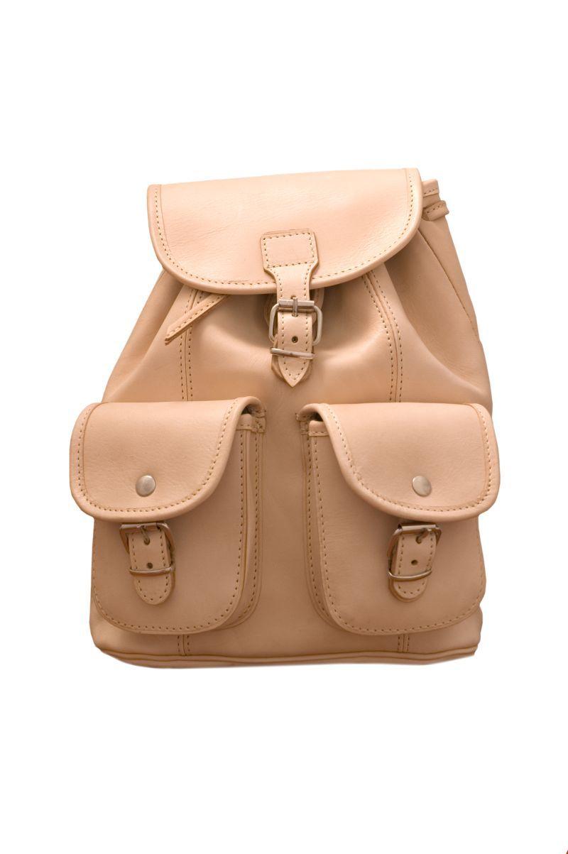 Plecak juchtowy wykonany jest z naturalnej skóry bydlęcej - JUCHT. Plecak  skórzany został uszyty przez cea36a18de3dd