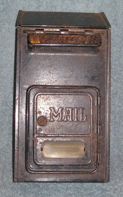 Vintage 1930 S 1940 S Wall Mount Us Mail Metal Mailbox