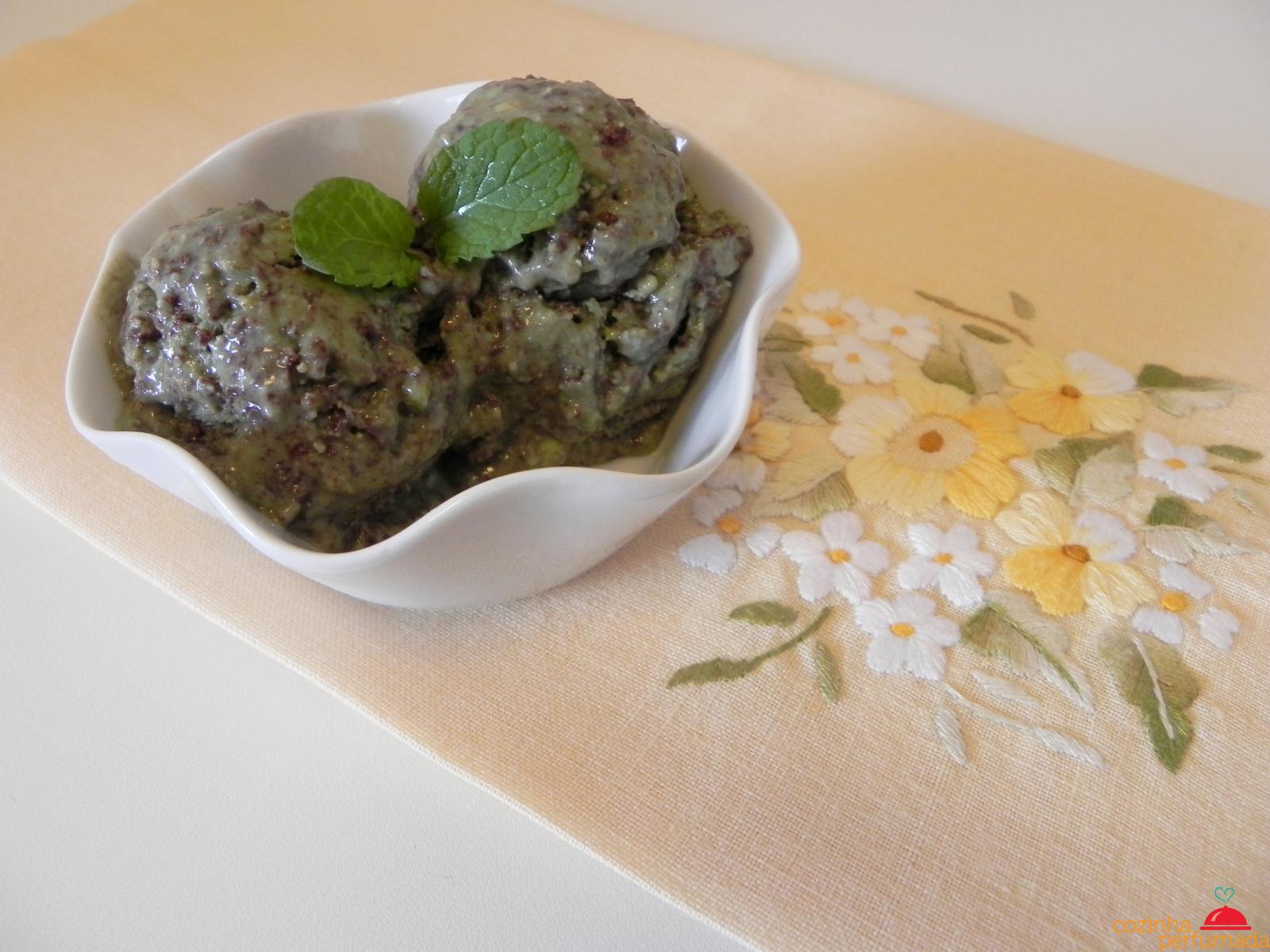 Cozinha Perfumada: Sorvete de menta com chocolate