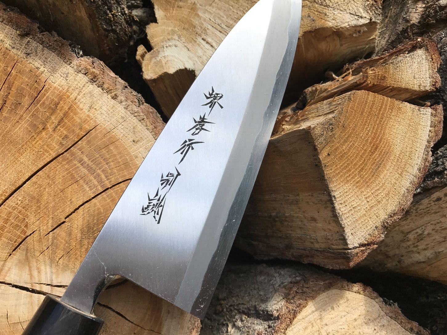 Can You Read Kanji On This Beautiful Deba Hocho Japanese Kitchen Knives Butcher Gyuto Suji Japanese Cooking Knives Cooking Chicken Thighs Cooking Meme