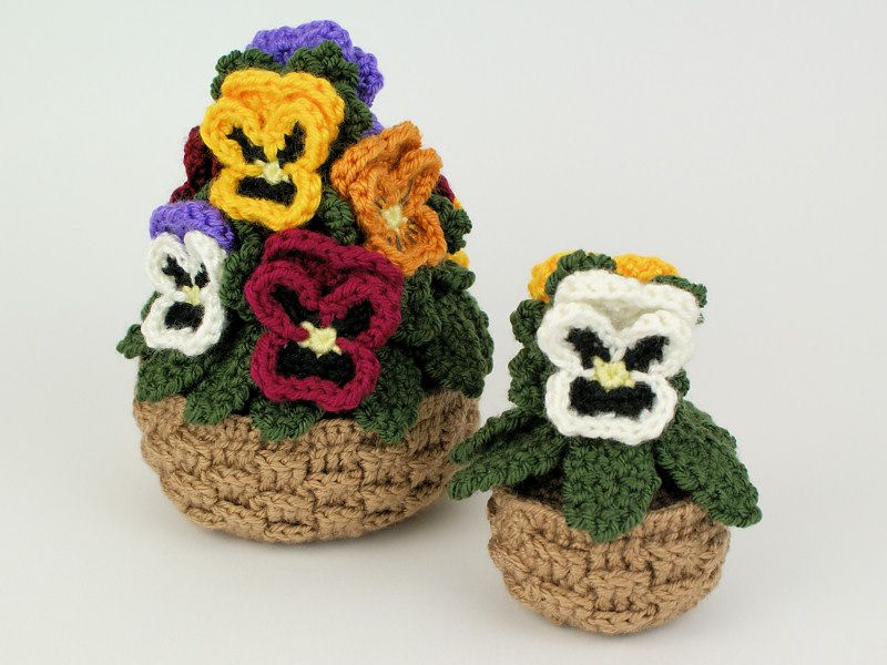 Pansies crochet pattern (pansy baskets) : PlanetJune Shop, cute and ...