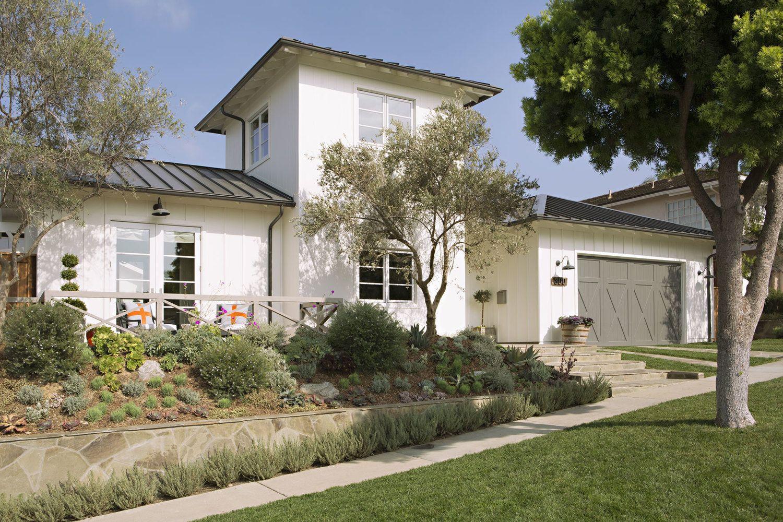 Olsen Home Exteriors: Eastbluff - Modern Farmhouse Eric Olsen Design